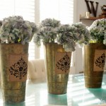 Spring-Centerpiece-with-Stenciled-Burlap