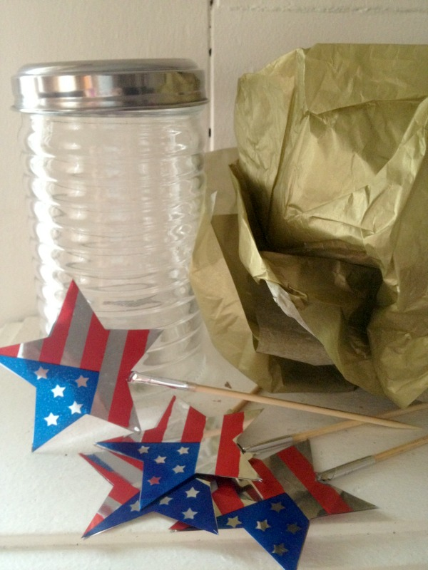 Festive Fun: Memorial Day Centerpiece