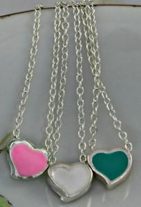 Petite-Heart-Pendant-Necklace