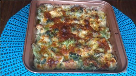 Cheesy Chicken & Broccoli Casserole Recipe