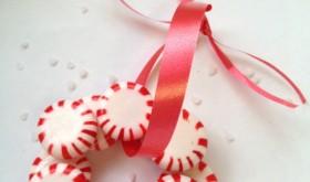 Festive Fun: DIY Peppermint Candy Wreath Ornament