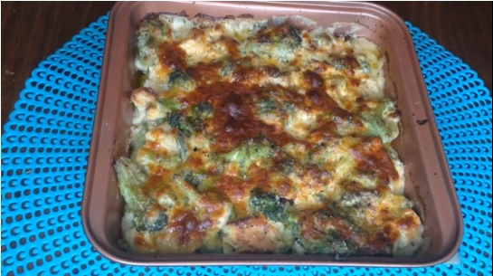 Cheesy Chicken & Broccoli Casserole Recipe